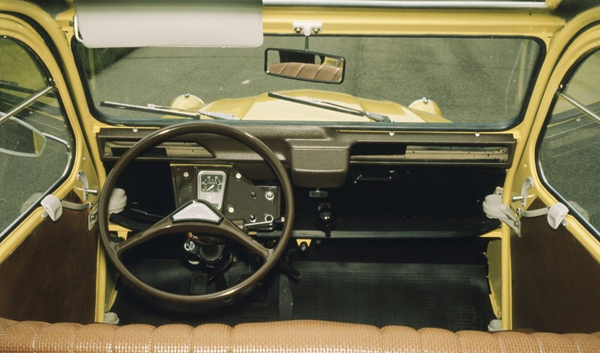 citroen 2cv interieur